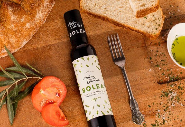 Botella aceite de oliva virgen extra